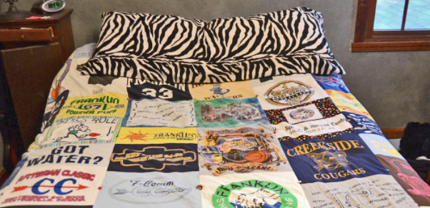 bed-sheet-made-of-tshirts